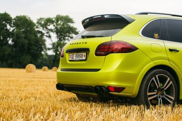 Geneva_Cayenne_GTS_YellowGreen (8 of 27)