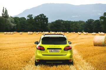 Geneva_Cayenne_GTS_YellowGreen (4 of 27)